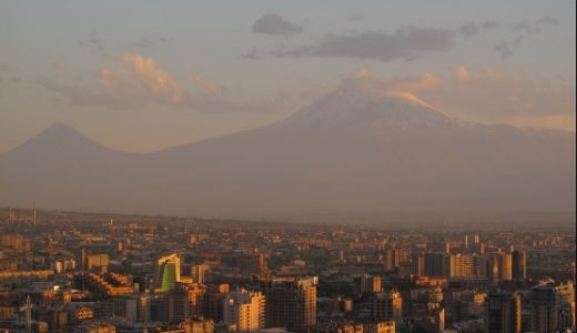 天空に最も近い街?アルメニアのイェレバンへ